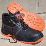 Gibljivi in udobni čevlji za delo